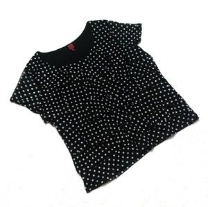 5/$25 🌹 Polka dot 212 collection top